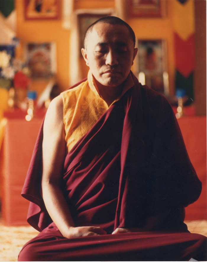 19A Khenchen Palden Sherab Rinpoche meditating in robes PBDC newspaper photo 1000 dpi